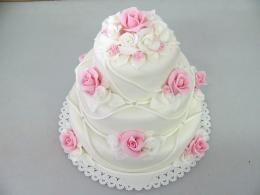svatební s růžemi
