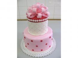 svatební dort s mašlí