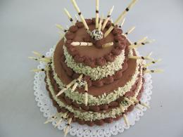 třípatrový dort