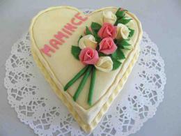 dort srdce s kyticí růží