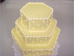šestihraný dort patrový
