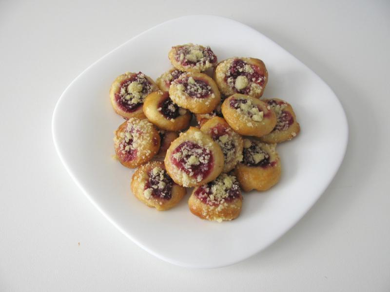 višňové koláčky otevřené 4,5 cm
