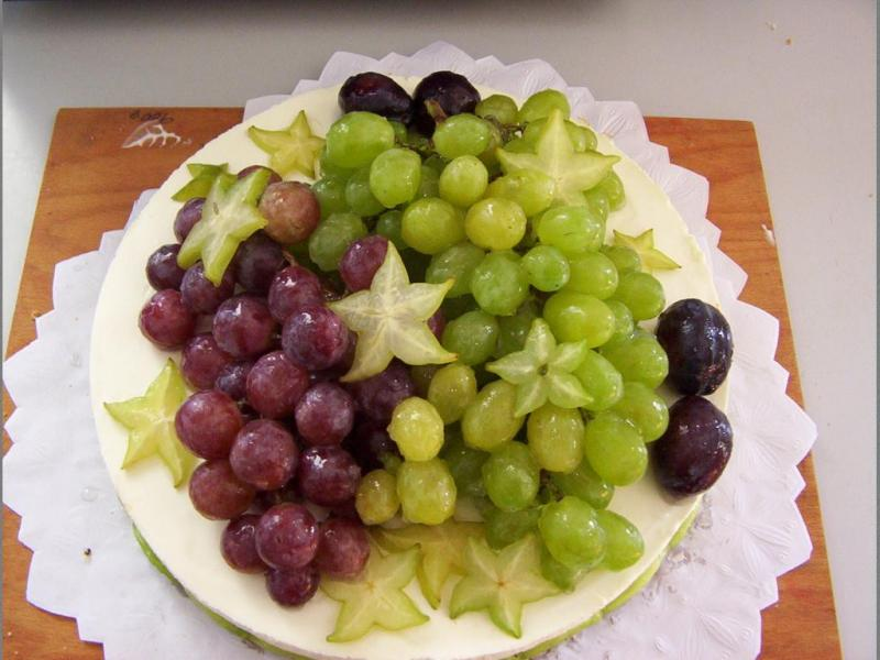 ovocný dort tvarohový s hrozny