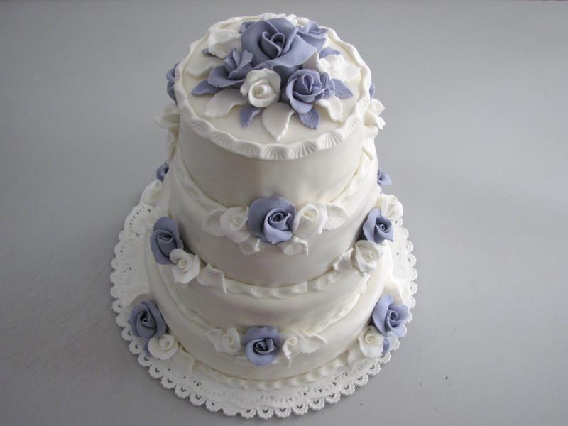čtyřpatrový dort