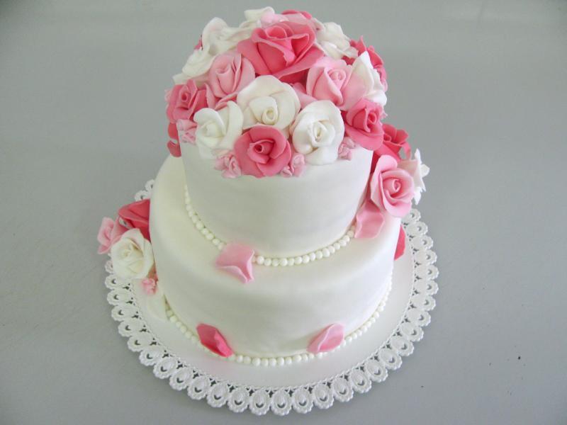 svatební dort patrový