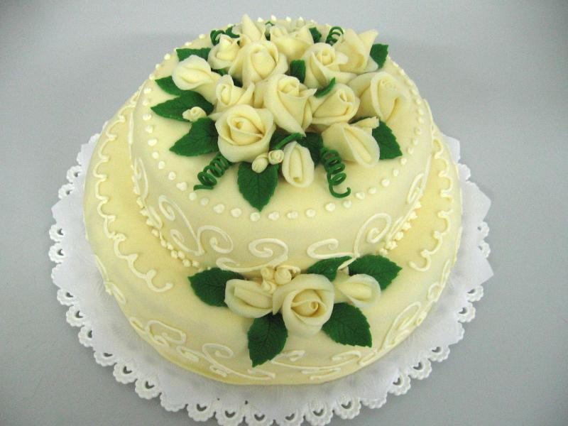 šampáň dort patrový
