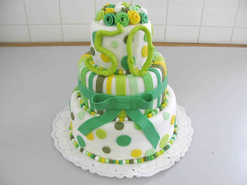 netradiční dort k narozeninám