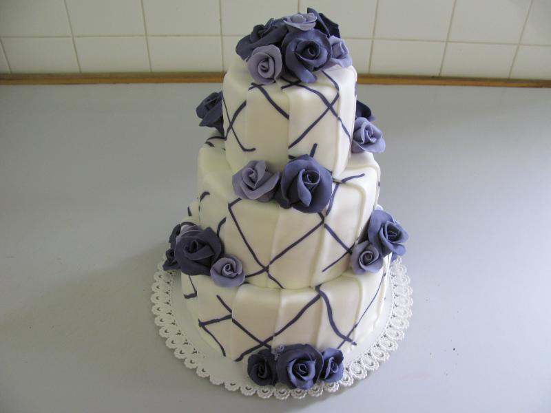 dort lila patrový